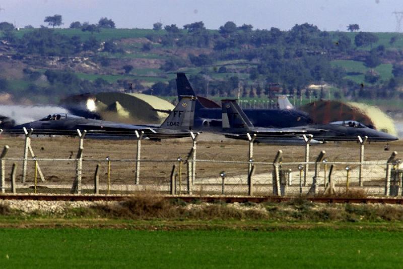 База НАТО в Турции блокирована и обесточена
