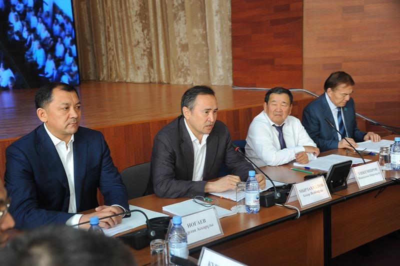 У Комиссии есть предложения по совершенствованию законодательства о земле - Аскар Мырзахметов