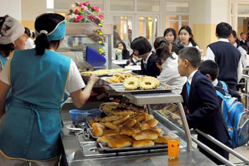 В Атырауской области на горячее питание школьников выделен 1 млрд. тенге