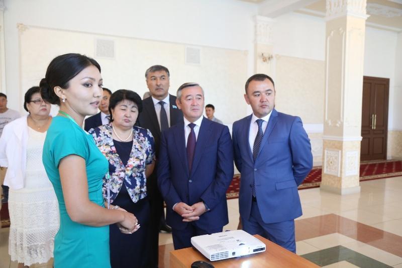 В Талдыкоргане идет подготовка к новому учебному году (ФОТО)