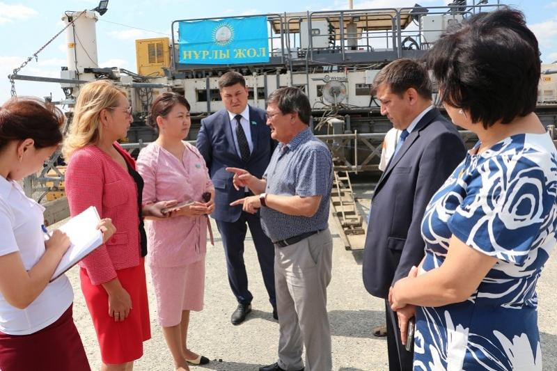 Kazakh MPs visit two objects under construction in Pavlodar region