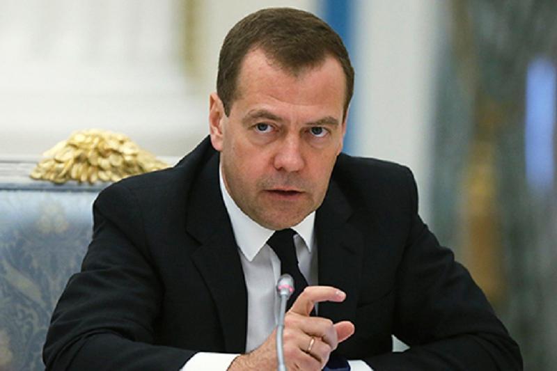 Медведев предложил странам ШОС приступить к новым логистическим проектам