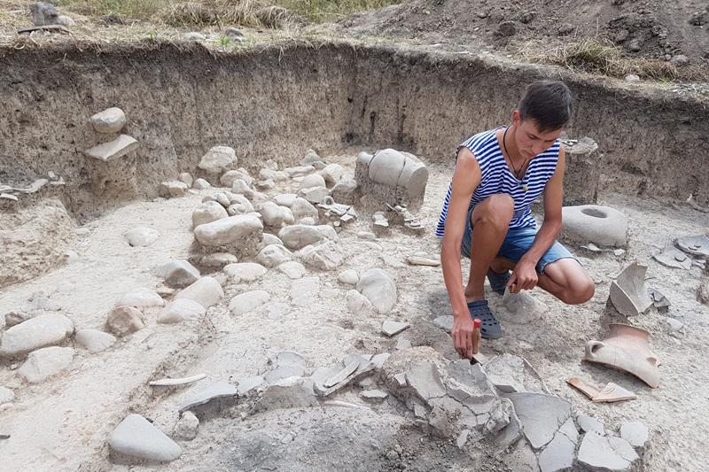 Уникальные артефакты нашли ученые ЮКО