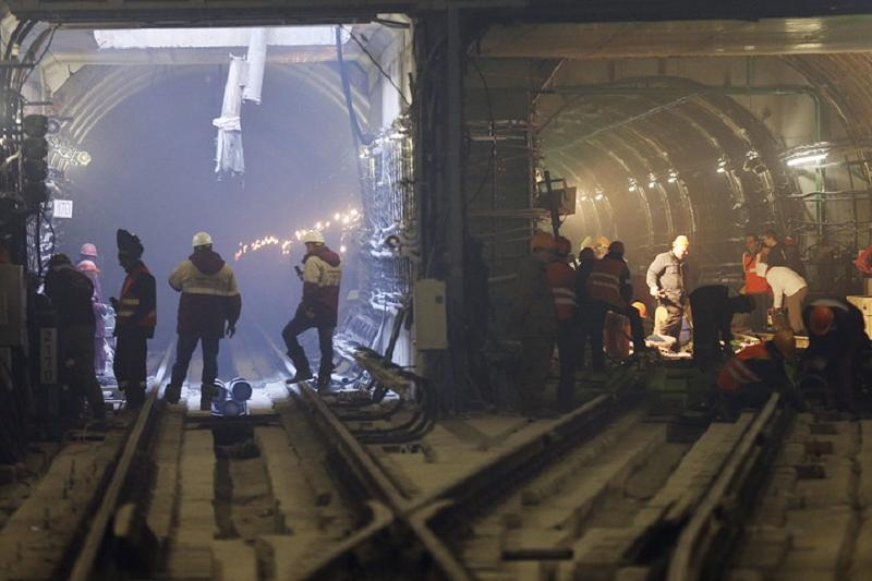 Undetonated bomb from WWII unearthed in Moscow metro