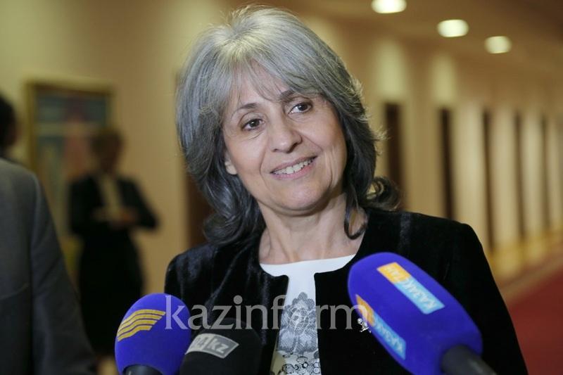 保加利亚副总统祝贺哈萨克斯坦宪法日