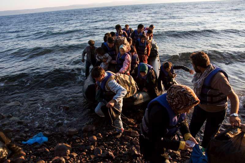 联合国难民署:西班牙应付不了这么多偷渡难民
