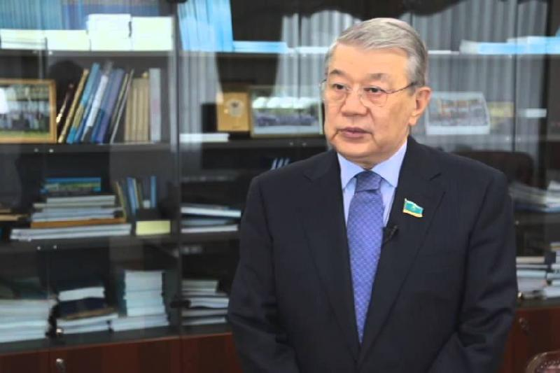 前驻华大使接受本社记者专访 赞中哈合作前景光明令人欣慰