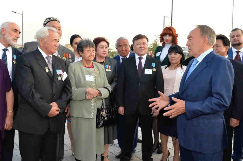 Глава государства назвал важные отрасли экономики Алматинской области