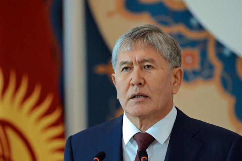 Қырғыз депутаттары Алмазбек Атамбаевқа бірқатар айып тақты