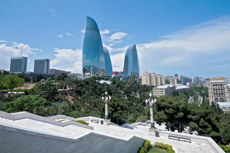 «День тишины» наступил в Азербайджане