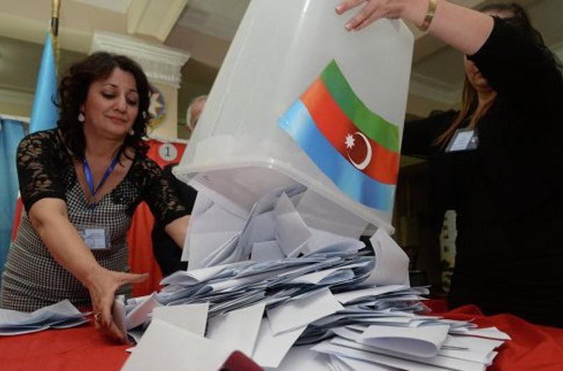 В Азербайджане завершился референдум
