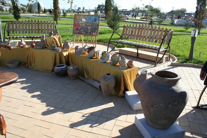 «Ежелгі Тараз» тарихи-мәдени орталығы тақырыптық көрмелер ұйымдастырды