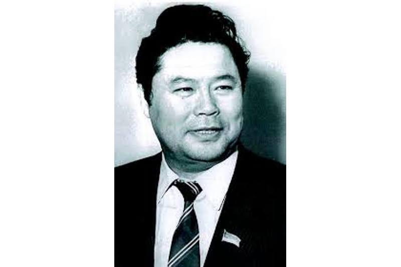 Жазушы Сайын Мұратбековтің туғанына  80 жыл толды