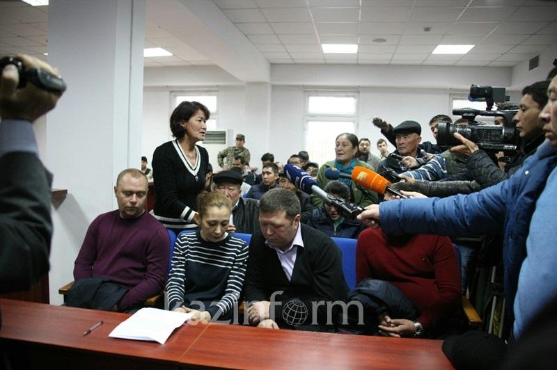 Руслан Күлекбаевтың қолынан қаза тапқан полицейлердің ата-анасы өлім жазасын талап етті