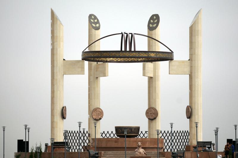 Мемориальный комплекс «Тұлғалар тұғыры» открылся в Жамбылской области