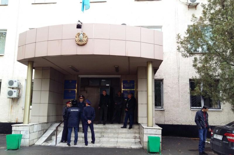 Суд над Бахытбеком Есентаевым продолжится 31 октября