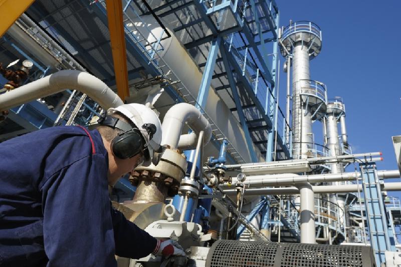 20 тысяч человек получат работу на строительстве завода на Тенгизе