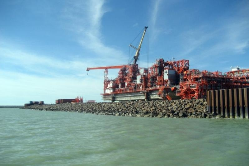 Представители минэнерго Казахстана и Азербайджана обсудили вопросы экспорта нефти из Кашагана