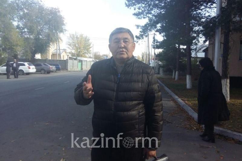 Бақытбек Есентаевтың қорғаушысы пікір білдірушілерге наразы