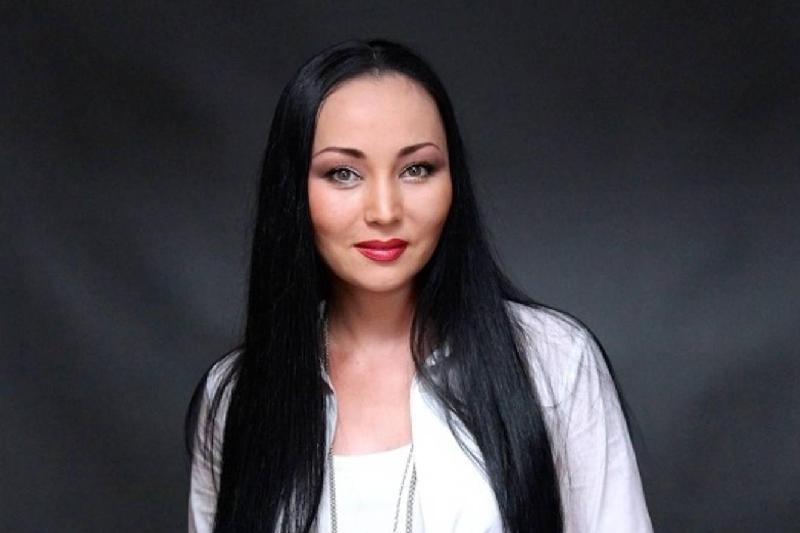Баян Мақсатқызы Есентаева болып қала бермек