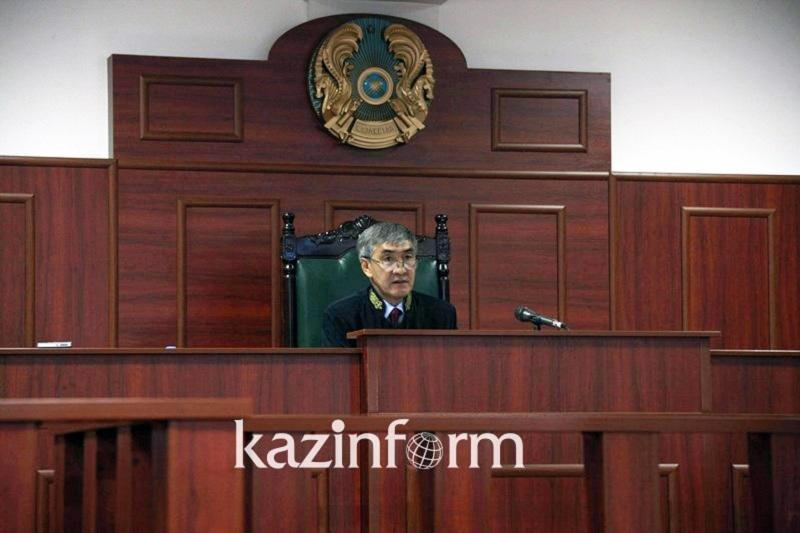 Зачитано обвинительное заключение Кулекбаеву по факту убийства Сотниковой