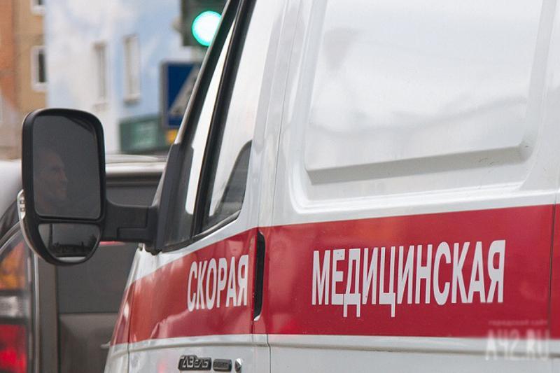 41 человек пострадал при распылении газового баллончика в школе Шымкента