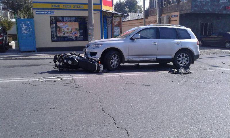 Мотоциклист пострадал в ДТП в Шымкенте