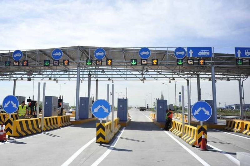 Платными сделают все  новые и реконструированные дороги в Казахстане