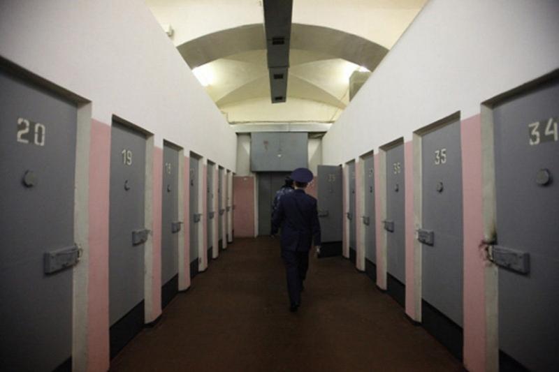 Алматинец украл у тети 90 млн тенге и получил 6-летний срок