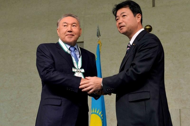 Хиросиманың «Айрықша құрметті азаматы» атағы шетелдік президенттер ішінен ең бірінші Назарбаевқа берілді