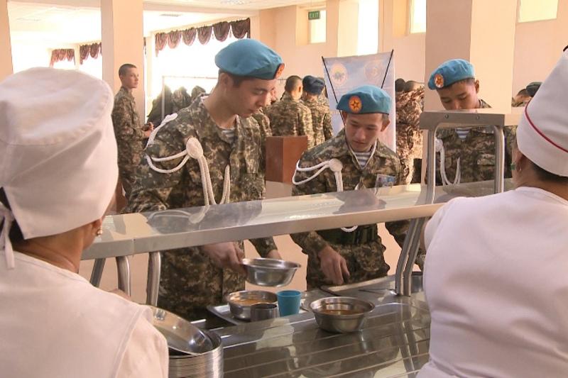 Алматы облысында 50 жеткіншек әскери өмірмен танысты