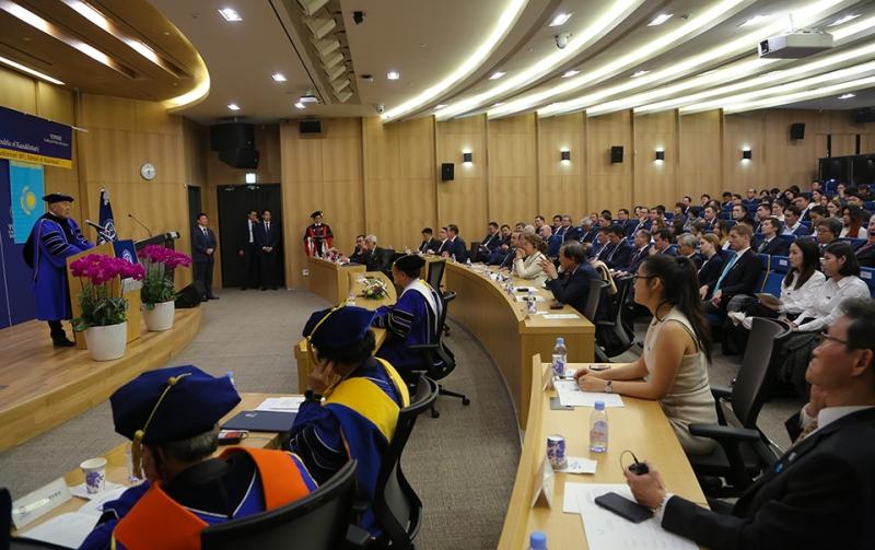 КХДР-дің ядролық проблемасын бейбіт жолмен шешудегі Сеул ұстанымын дәйекті түрде қолдаймыз - Назарбаев