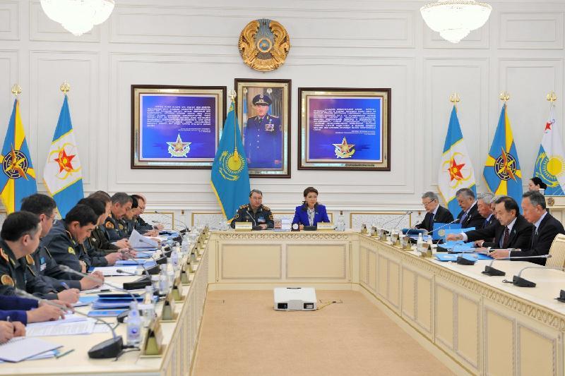 Сенаторлар ҚР Әскери доктринасын іске асыру мәселелерін талқылады