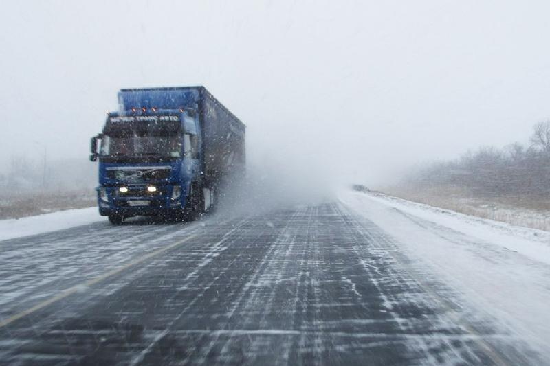 Өзбекстанның ТЖМ тұрғындарға аязға байланысты Қазақстанға сапарламауға кеңес берді