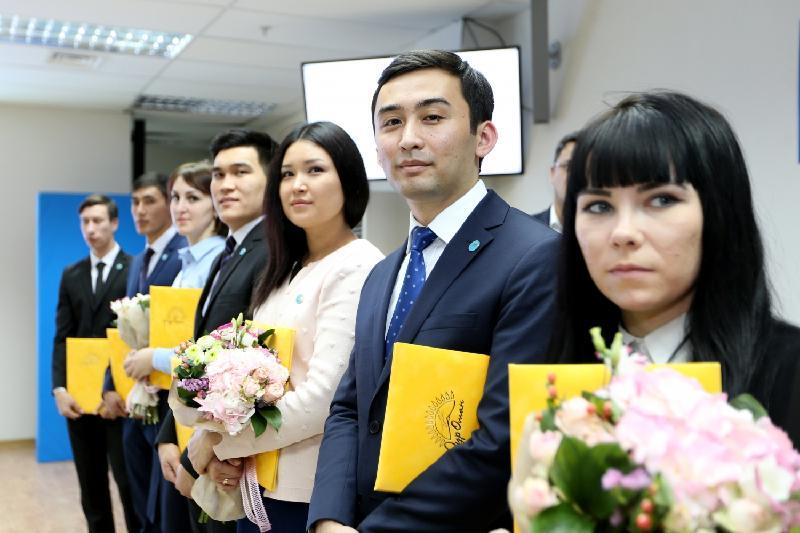 Қазақстанның 25 құрдасы «Нұр Отан» партиясының мүшесі атанды