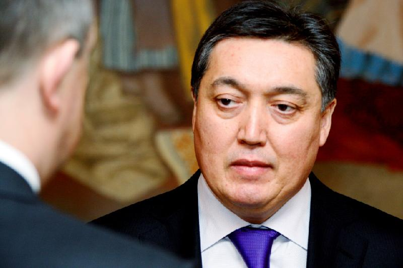 Аскар Мамин переизбран на пост президента Федерации хоккея РК
