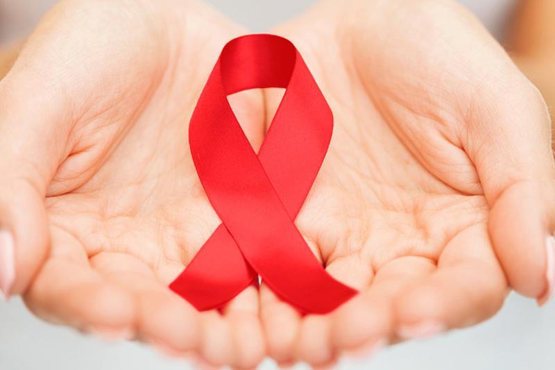 Для поддержки ВИЧ-позитивных детей в ЮКО необходима помощь Минздрава