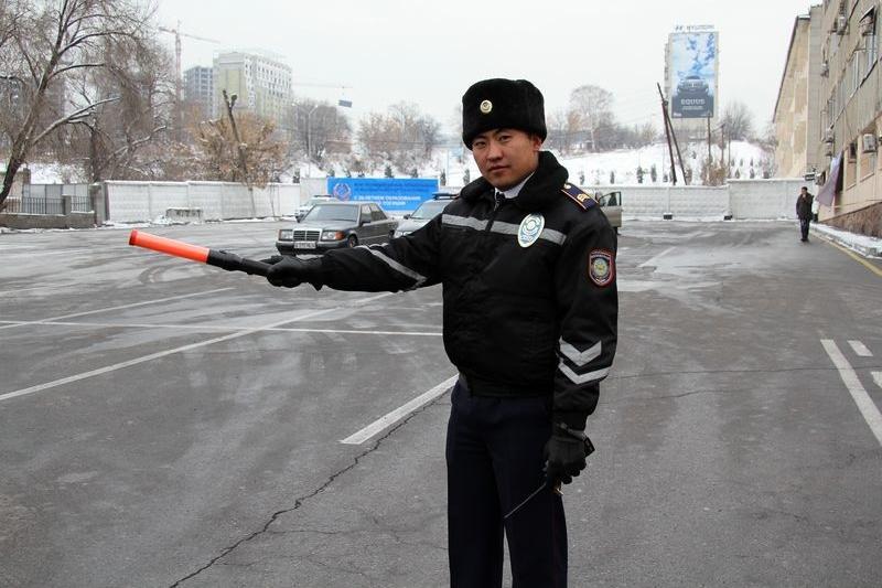 Как ДВД Алматы штрафует автонарушителей после сообщений в соцсетях