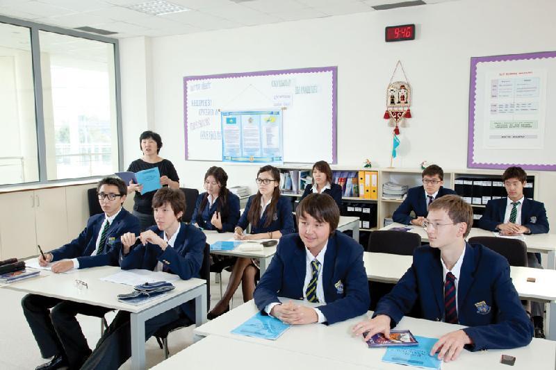 PISA: 15-летние учащиеся Казахстана показали высокий рост читательской грамотности