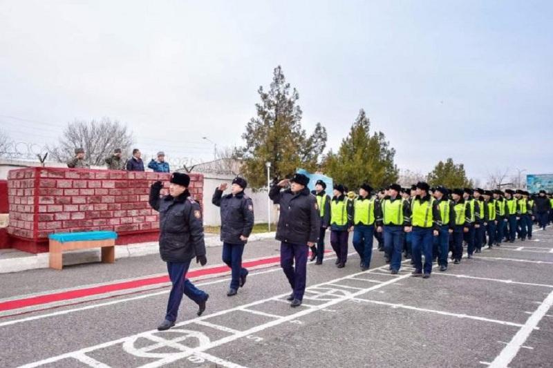 Праздничный развод провели служащие Нацгвардии РК в Шымкенте