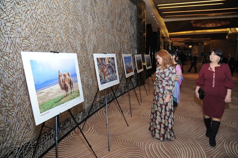 «Неизвестный Казахстан» показали на фотовыставке в Баку