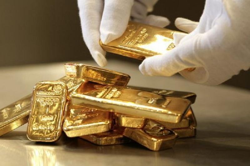 Белгісіз біреулер 70 келі алтын әкеле  жатқан инкассаторлық фургонды тонады