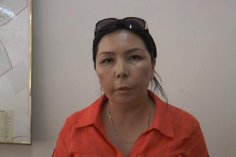 Крупную квартирную мошенницу осудили в Алматы