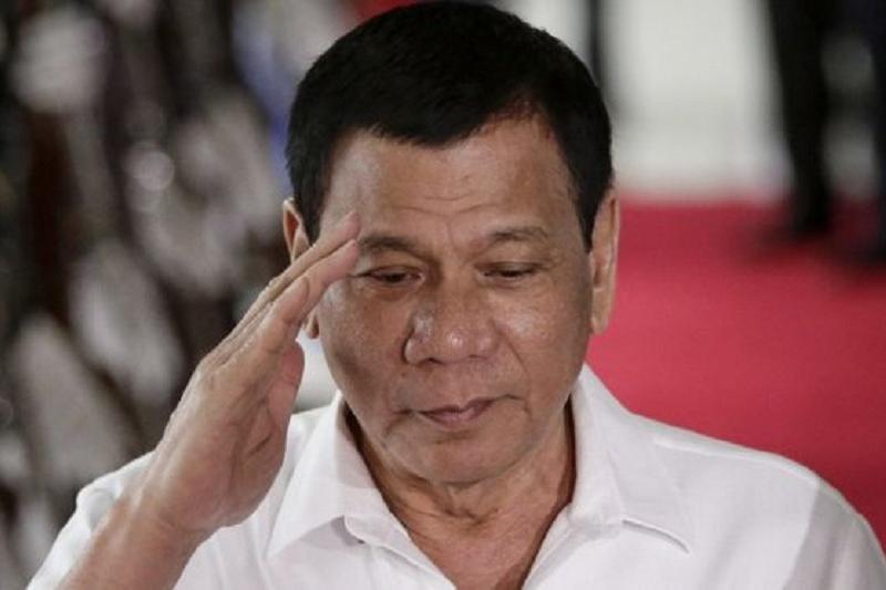 Филиппин Президенті адам өлтіргенін мойындады