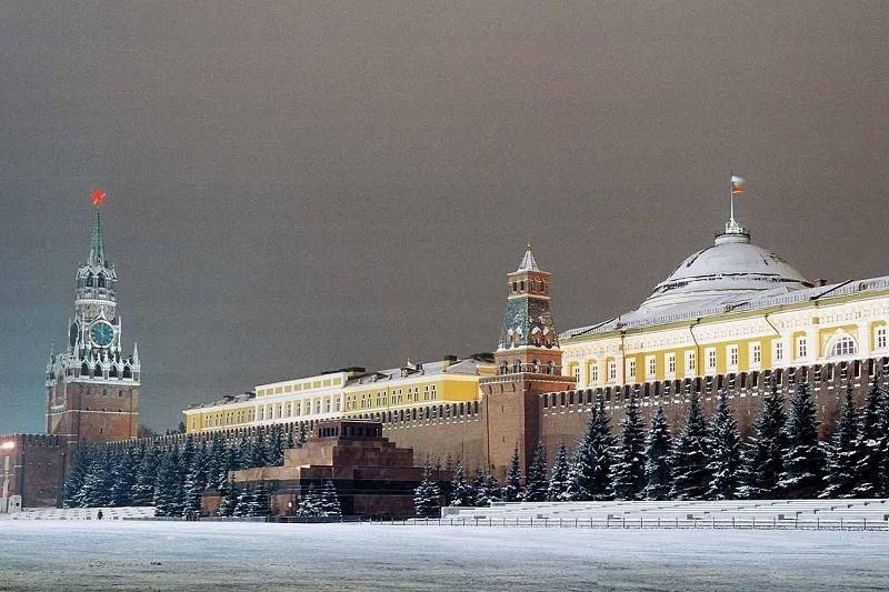 Жириновский Кремльді ақ түске бояуды ұсынды
