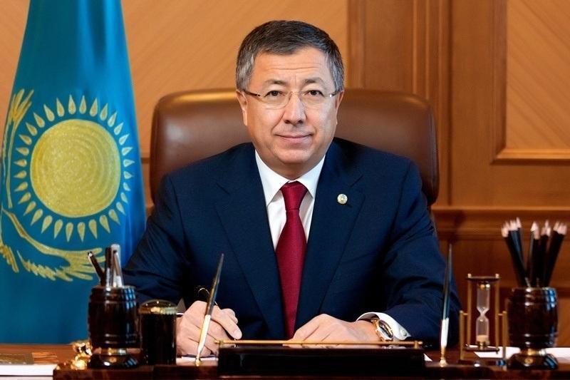 Аким ЮКО поздравил казахстанцев с Днем Независимости