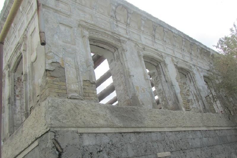 Через соцсети атыраусцы призывают сохранить старый город