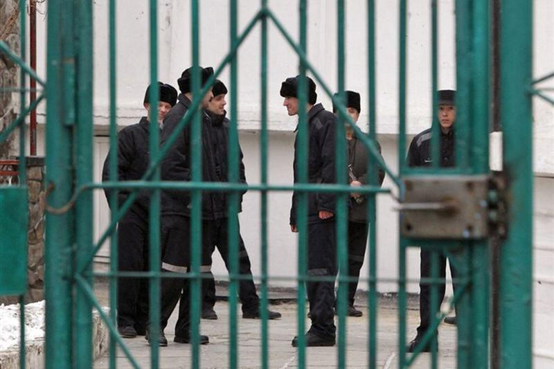 Гашиш пытались пронести в ручке электрочайника для заключенного в Костанае