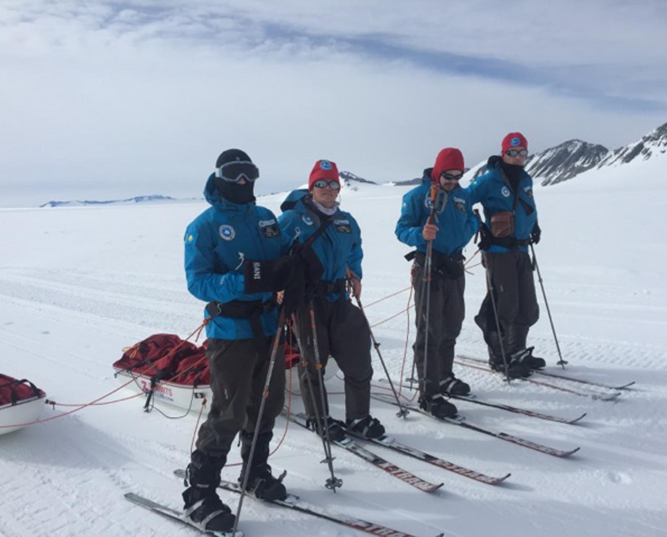 Қазақстандықтардың Оңтүстік полюстегі алғашқы шаңғы экспедициясы басталды