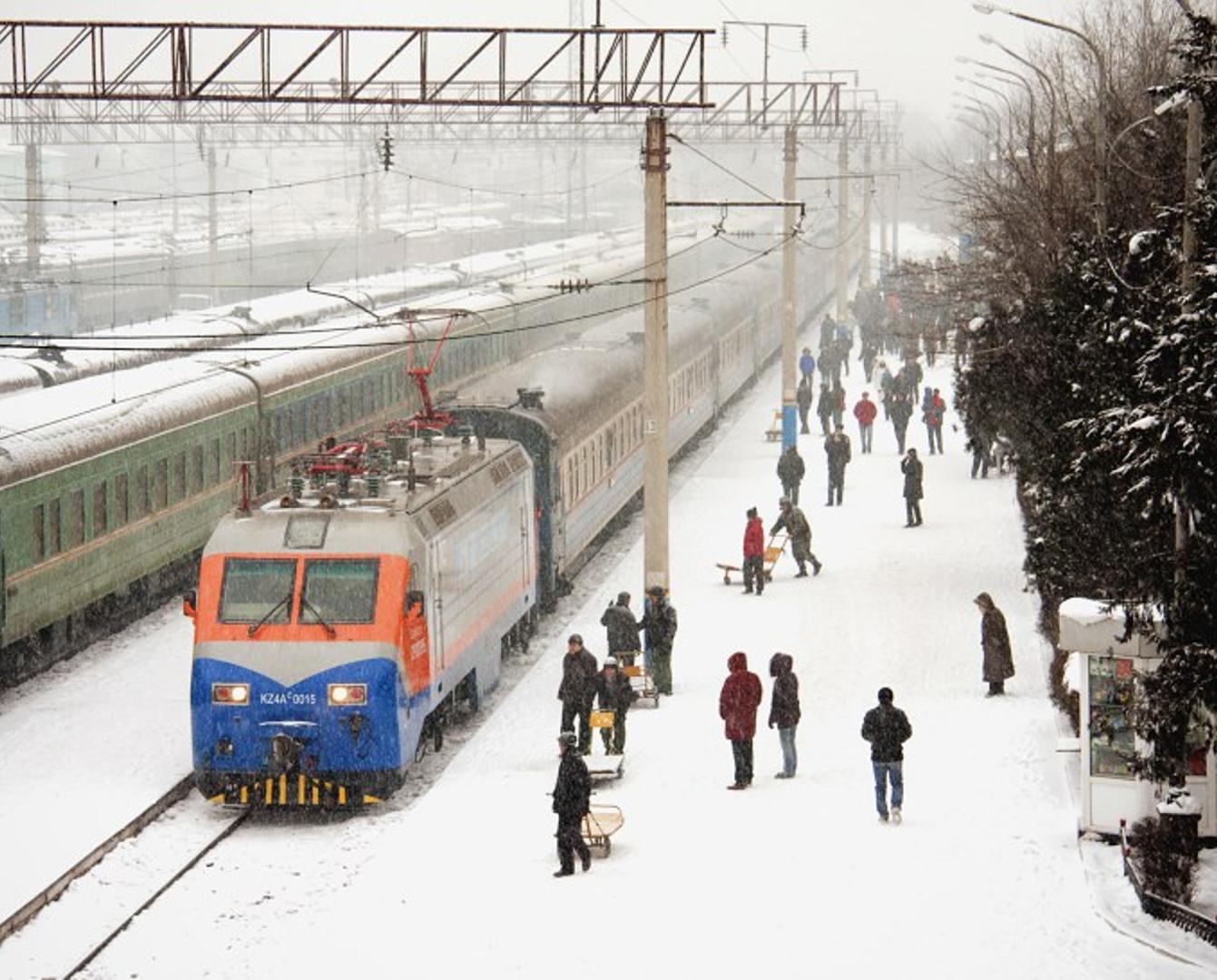 На несколько часов задержали поезда в направлении Павлодара